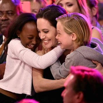 Мать приемной дочери Анджелины Джоли и Брэда Питта хочет ее увидеть