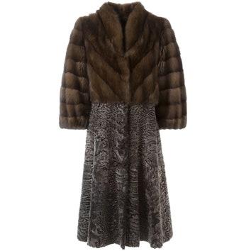 Пальто из соболя и каракуля, 1 202 970 руб. (вместо 1 603 960 руб.), Liska