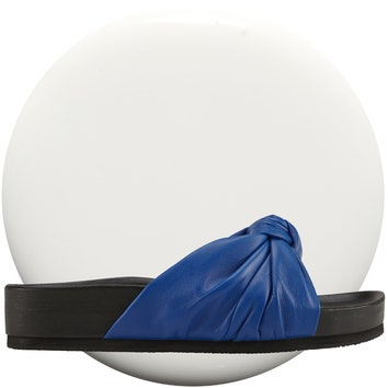 Aldo, кожа, 6960 руб. + лак для ногтей Glossfinity, 10 Snow White, 289 руб., Max Factor