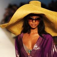 Неделя пляжной моды в Майами: купальники будущего лета