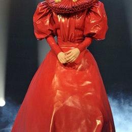Леди Гага унесла с собой три награды Brit Awards