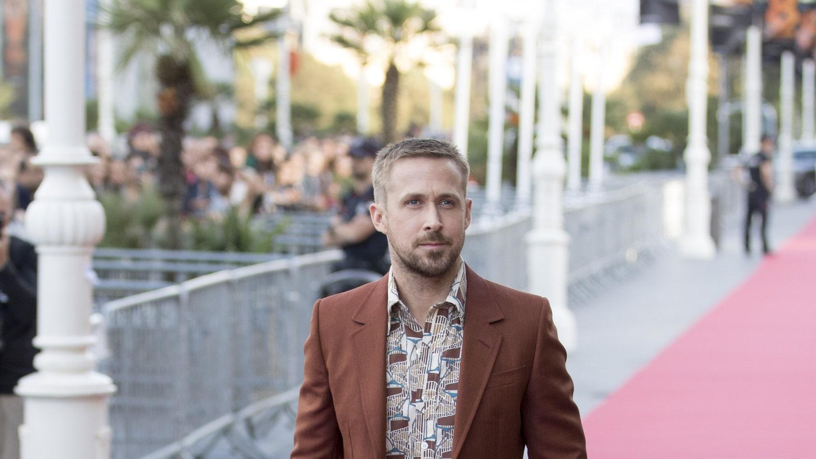 SAN SEBASTIAN SPAIN  SEPTEMBER 24  Ryan Gosling attends 'First Man' premiere during 66th San Sebastian Film Festival on...